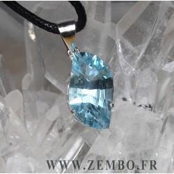 pendentif topaze bleue naturelle taille vague